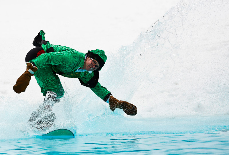 pond-skimming-mt-bachelor-2013-21-2