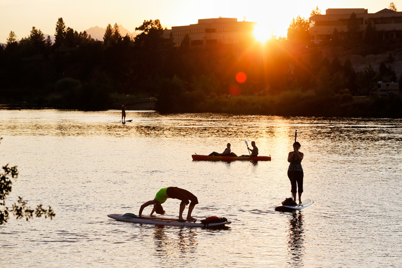 paddleboard-yoga01