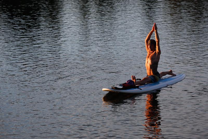 paddleboard-yoga04