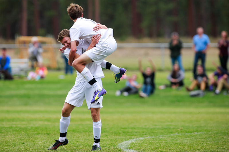 2014_09_hssoccer-sisters05