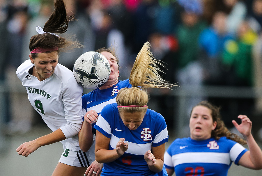 2015_11_hssoccer-sumstate-30